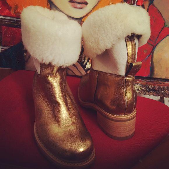 Princesses-Punks et boots dorées